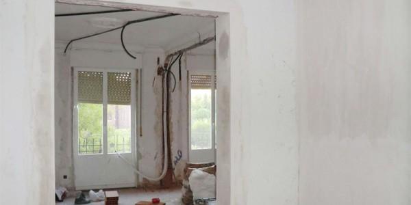 Trabajo del interior del piso a reformar