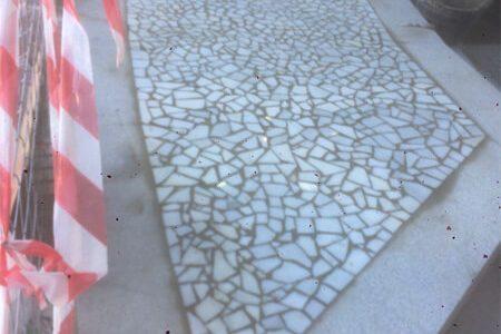 Finalización del mosaico del suelo